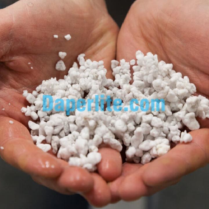 Đá Perlite tăng khả năng giữ nước cho đất trồng